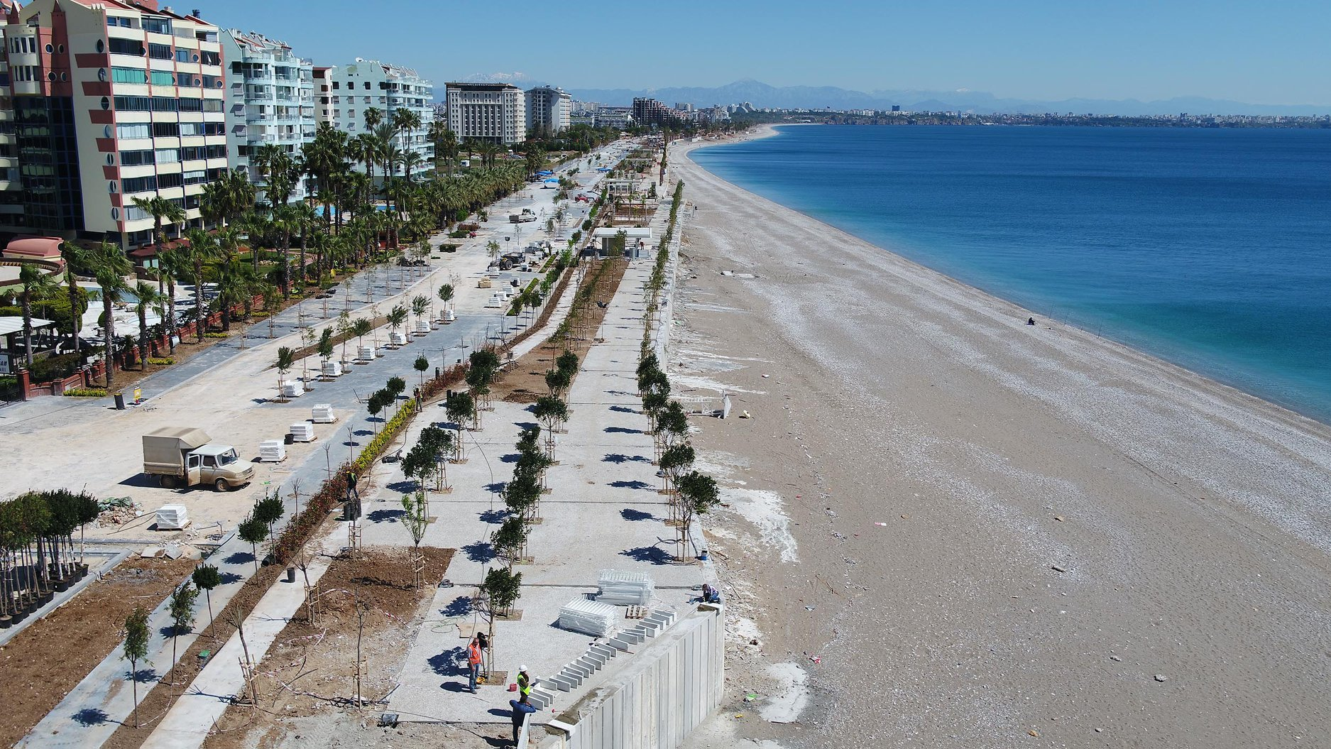 In Antalya, opened part of the renovated waterfront