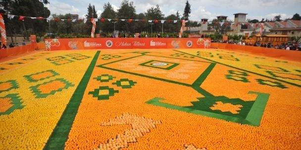 В Анталии впервые проходит фестиваль «Цветок апельсина»