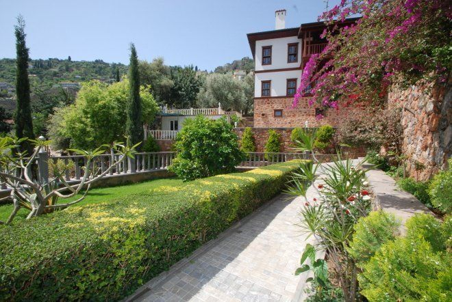 Exclusive offer luxury villas on the fortress in Alanya
