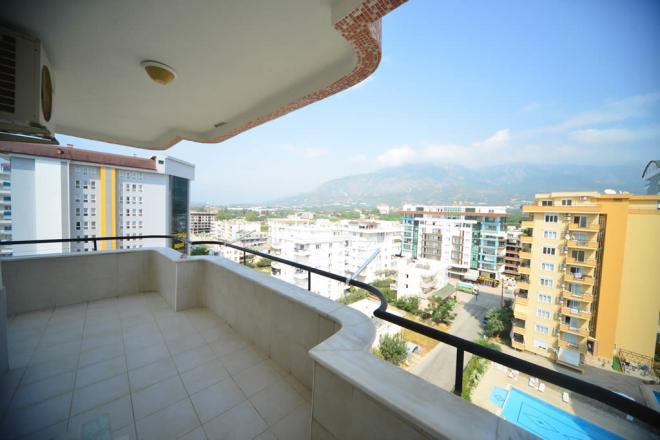 Меблированая квартира с красивой панорамой вокруг