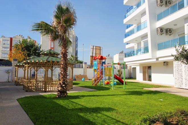 Квартира в шикарном комплексе рядом с песчаным пляжем