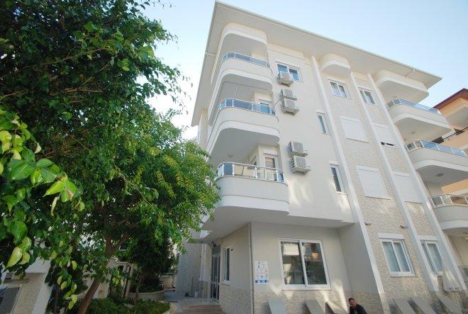 1+1 Квартира на первом этаже в красивом доме с бассейном