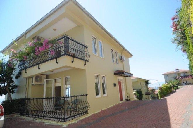 Designer furnished villa with private pool