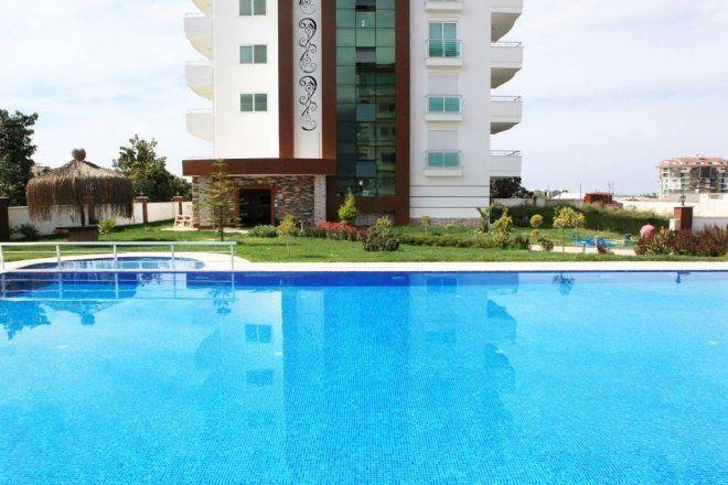 Меблированная квартира с двумя спальнями с видом на море с балкона